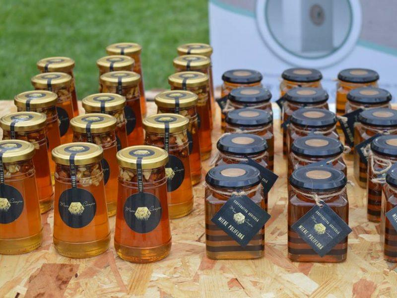 4 miere de campie